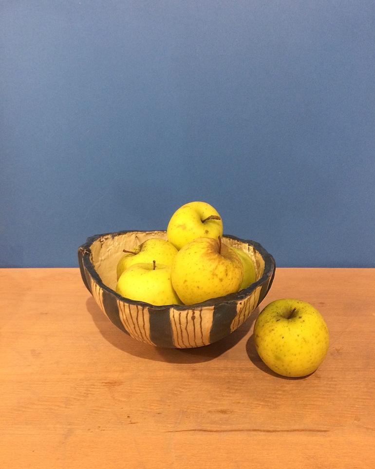 corbeille-ceramique-bianina-eko-gres-bleu-pommes