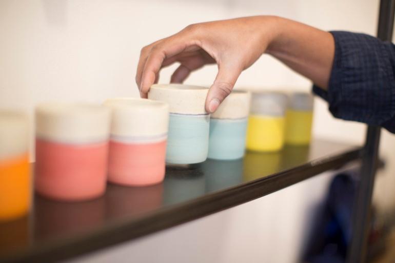 gobelets-en-gres-korasol-bianina-ceramics