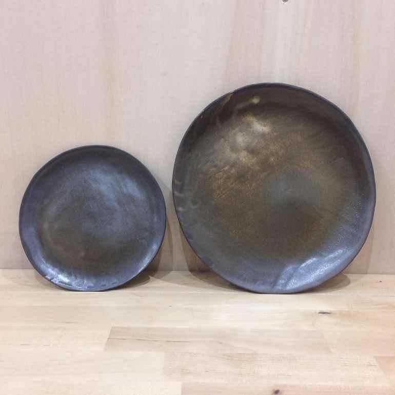 assiette-ceramique-noir